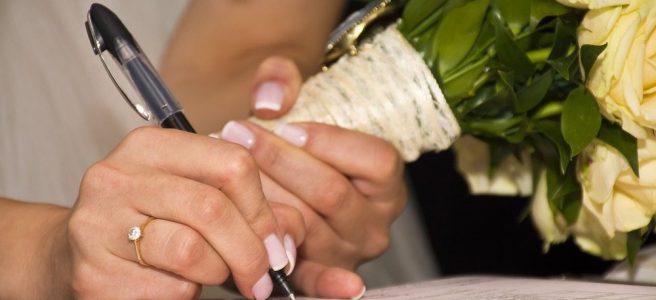 Skriva ett äktenskapsförord